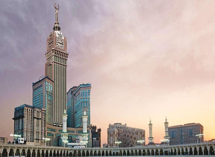 Dormir a más de 600 metros de altura: Makkah Clock Royal Tower, uno de los hoteles más altos del mundo